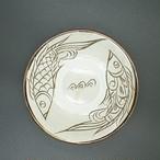 5寸皿 線彫り魚紋 白【金城陶器秀陶房】