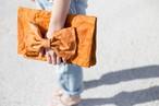 大きいリボンのレザークラッチバッグ『美人百花』掲載作品 キャメル