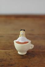 【にしおゆき】陶人形「不思議の国のアリス」