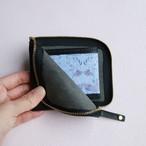 開けてときめく*クールなブラックの本革財布【Black Swan〜小さなオディール】