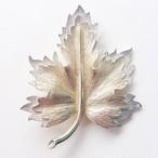 """""""SARAH COV"""" gold & silver leaf brooch[b-147]"""