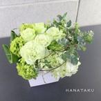 <お祝いアレンジメント> 3,000円のフラワーアレンジメントを贈る