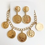 """AVON"" Fashion Coin pierce[p-634] bracelet[h-111]"