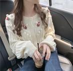 ポンポンが可愛い♡ トップス ニット セーター ボリューム袖 刺繍 ガーリー