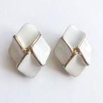 white enamel design earring[e-1270] ヴィンテージイヤリング