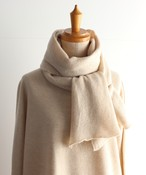 手編み機で編んだ メリノウールの細巾ストール WOA-023