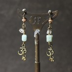 constellationピアス -amazonite-