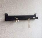 壁掛けアクセサリー簡単収納 Aーtype(ピアス用)ブラック