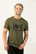 [sn] super.natural スーパーナチュラル メンズ M LOGO TEE  メンズ半袖クルーネック ロゴTシャツ メリノウール SNM015233pa ダークオリーブ