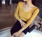 【tops】Chic design popular color V-neck sweater