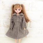 茶色のコート(リカちゃん、ブライスサイズ)