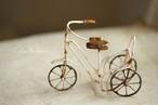 古いちっちゃな三輪車【b】