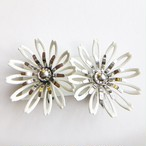 """Sarah Coventry"" white flower earring[e-1187]"
