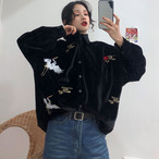 チャイナ風トップス アウター ブラウス シャツ チャイナ風服 改良唐装 改良漢服 女子会 同窓会 普段着 中華服 折り襟 長袖 ブラック 黒い ベルベット 可愛い 個性的 鶴刺繍