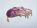 薄紫のブローチ(ビンテージ)  vintage brooch(made in U.K.)