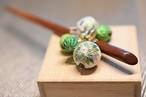 さざれ手まりと伝統手まりの簪 ・グリーンと薄い紫