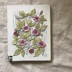 ベリーの花の白い陶板