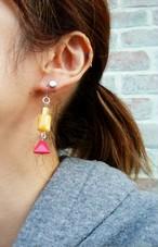 フレンチヴィンテージビーズピアス/ Vintage beads drop earring