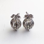 Trifari vintage earrings 1048