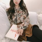 ボウタイ ブラウス 花柄 リボンタイ トップス トレンド レトロ 可愛い 2色 ホワイト ピンク レディース ファッション 韓国 オルチャン