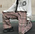 ピンクチェック柄が可愛い♡ ワイドパンツ パンツ チェック柄 カジュアル ゆるカワ メンズライク