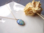 Vintage Stone Necklace■Oval■Blue Green Glitter