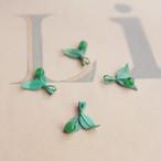 1950's ジャパンヴィンテージ グリーンの葉っぱチャーム (1コ)
