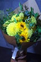 ひまわりのギフト花束