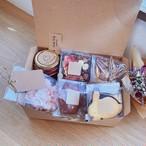 【追加受け付け分】母の日の小包み お菓子のみ