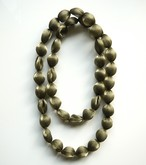 PURE PLEATS _ NECKLACE _ 大粒(KAHKI)