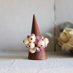ビーズフリンジのフリフリリング -milky pink-