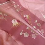 正絹綸子 鴇色(ときいろ)に絞りの長襦袢 刺繍の半襟つき