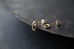 小さい揺れる輪のピアス (gold)