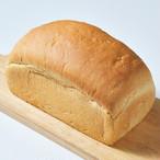 低糖質食パン1斤カット無し☆参考糖質量6.9g/100g☆ダイエットや血糖値が気になる方の糖質制限をサポート!糖質約84%カットのパン☆低糖質なサンドにおすすめ!楽しい食感でストレスフリー