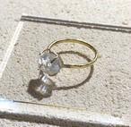 オイルインクォーツの真鍮槌目リング