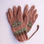 草木染め 手編みの手袋 編み込み④