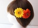 黄色、オレンジガーベラの髪飾り