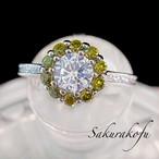 D063 レディース 指輪  人気デザイン 小花 可憐なペリドットフラワーリング