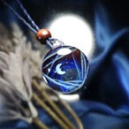 月の魔法の宇宙ペンダント/ 20210406【わけあり品】