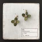 紫陽花(濃緑)耳飾り