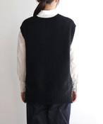 【予約販売】手編み機で編んだカシミヤ糸(NO.18)のベスト (CAA-916)