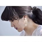 tiravisù【 deformed ribbon ( ivory ) _ pearl_ earring 】vintage handmade イヤリング japan