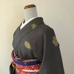 正絹紬 黒地に菊 袷の着物