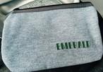 Emerald ロゴ入りスウェットポーチ