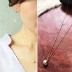 人工ダイヤモンド4石ゴールドモチーフの14kgfネックレス