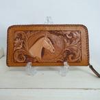 レザーカービングの長財布~馬とお花と唐草
