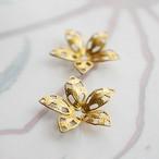 1960's Miriam Haskell 真鍮の花びらフィリグリー(2コ)