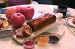 ニコラ特製 「ニコラ秘密のほろにがキャラメルりんごのしっとりパウンドケーキ」