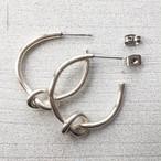 knot hoop pierced earrings (サージカルステンレス)