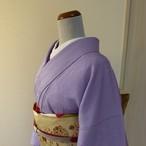 正絹綸子 紫苑色の無地 紋入り 袷の着物